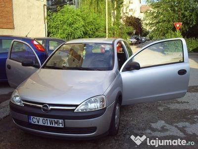 second-hand Opel Corsa C 1L benzina 2 usi schimb