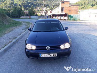second-hand VW Golf IV 1.4 benzina