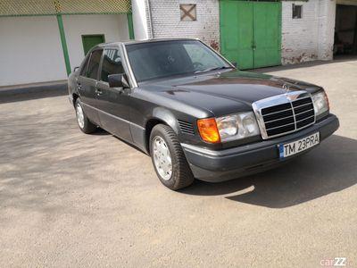 second-hand Mercedes E300 W124 D Turbo, Automat, Clima, acte la zi !