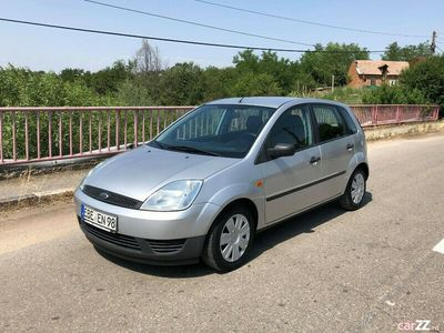 second-hand Ford Fiesta 1.3 70CP Euro 4 AC CD Recent adus din Germania
