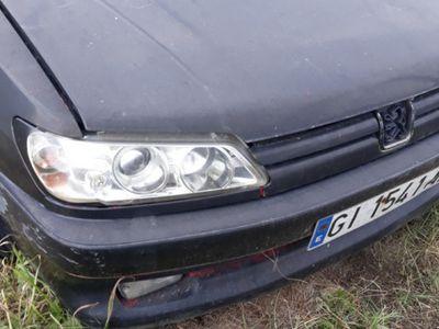second-hand Peugeot 306 pentru dezmembrat