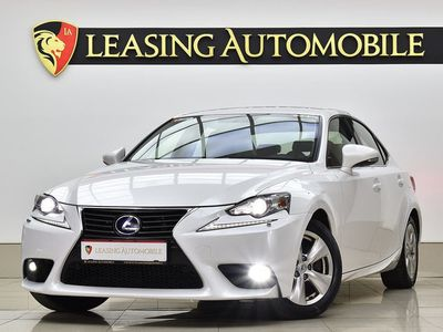 second-hand Lexus IS300h
