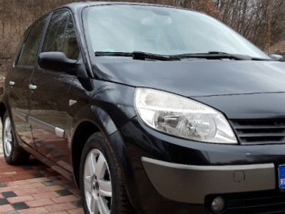 second-hand Renault Scénic 1.9 dci