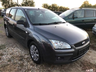 second-hand Ford Focus 1.6 benzina fab 2006 klima