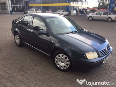 used VW Bora 1.9 TDI 116cp 2004 recent adusa din UK
