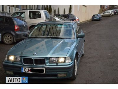 second-hand BMW 325 E36 i