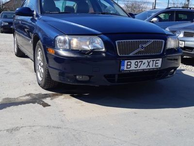 second-hand Volvo S80 2.5i