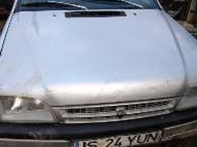 second-hand Dacia SupeRNova funcțională cu itp, rovineta, 165000km motor renault, proprietar
