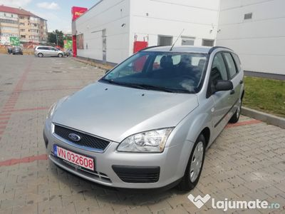 second-hand Ford Focus 1.6 benzina an 2007 impecabil