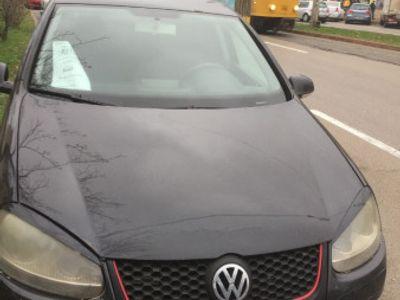 second-hand VW Golf V 1.6 Benzina !