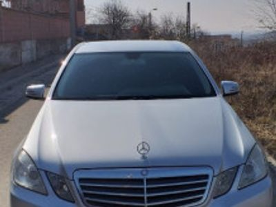 second-hand Mercedes 220 E class2010