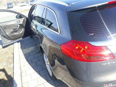 second-hand Opel Insignia an 2013 motor 2000 mașina este full