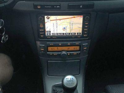 used Toyota Avensis II