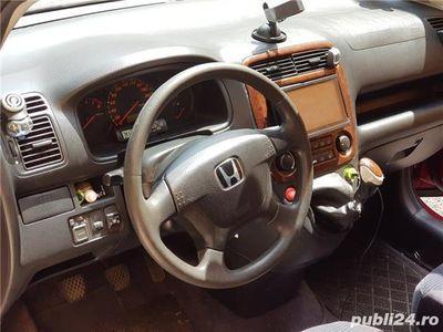 second-hand Honda Stream 1.7 benzina combi 7 locuri, 8 litri consum. Modeal