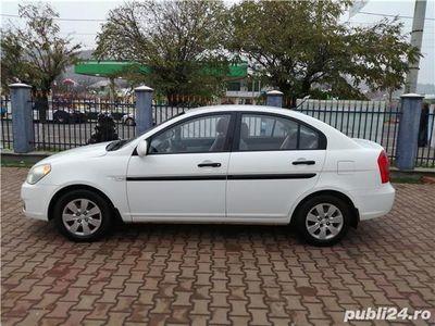 second-hand Hyundai Accent in stare f buna