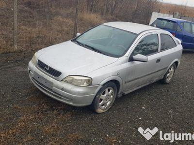 second-hand Opel Astra din 1999 de 2000 motorina