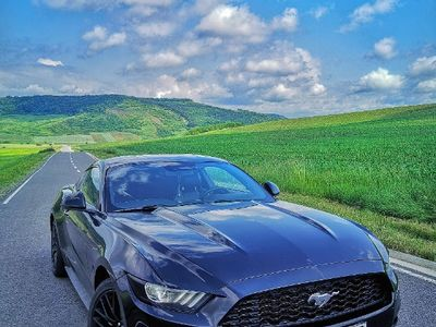 second-hand Ford Mustang 2.3, model european
