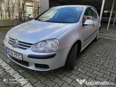 second-hand VW Golf V benzina 1.4