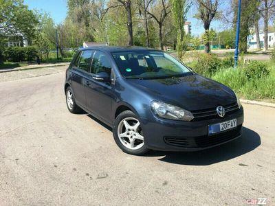 second-hand VW Golf VI benzina 1,4 -122 cp,scurt,klim,parktronic,4 geam,