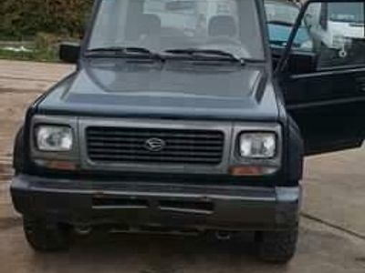 second-hand Daihatsu Rocky utilitara