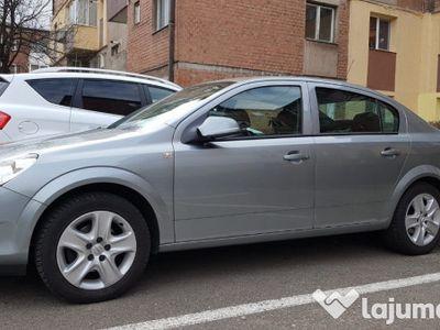 second-hand Opel Astra Sedan Clasic III 2012