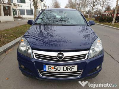 second-hand Opel Astra Fabricație 2013 EURO 5