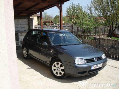 used VW Golf V Golf 1,6 variante cu