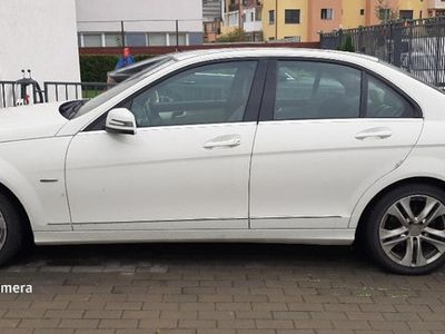 second-hand Mercedes 220 c class