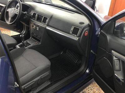 second-hand Opel Signum facelift