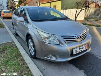 second-hand Toyota Avensis Combi