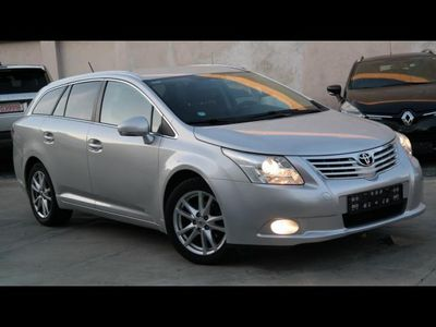 second-hand Toyota Avensis 2.0