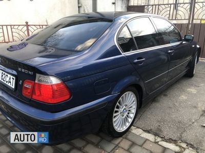 second-hand BMW 330 Seria 3 xi AUT NAVI KAM HK