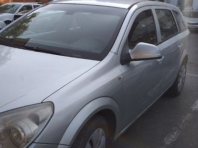 second-hand Opel Astra an 2010 1.7