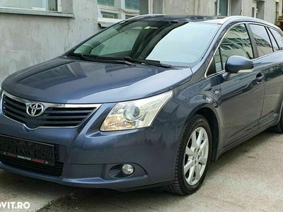 second-hand Toyota Avensis 2.2