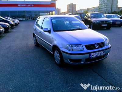 second-hand VW Polo an 2002, euro 4, motor 1,4 inmatr RO