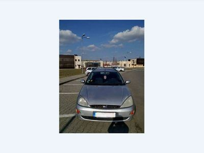 second-hand Ford Focus 1.6 benzina + GPL