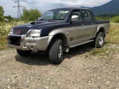 used Mitsubishi L200 4 x 4