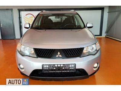 second-hand Mitsubishi Outlander Model de echipare INTENSE ( 4WD )