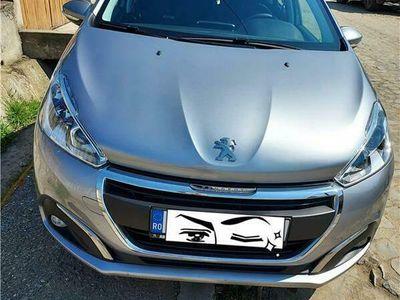 second-hand Peugeot 208 an 2019 km originali ful casco