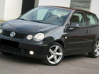 second-hand VW Polo - an 2002, 1.4i (Benzina)