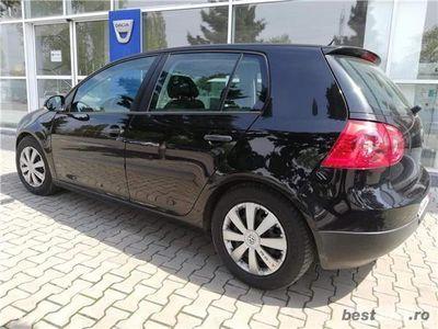 second-hand VW Golf V 1.6 benzina mpi