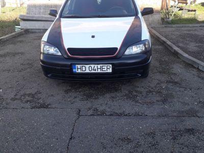 second-hand Opel Astra fin 2002 1.7 diesel . Acte zi
