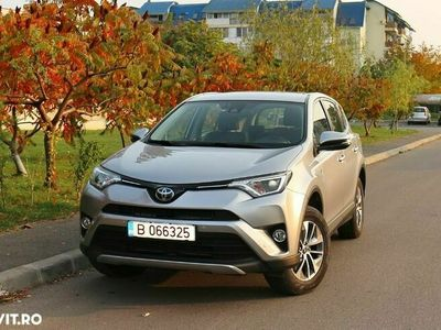 second-hand Toyota RAV4 2.5