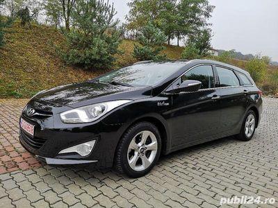 second-hand Hyundai i40 înmatriculat 1.7cmc 136cp garanție