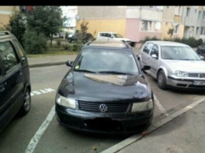second-hand VW Passat an 2000