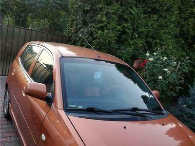 second-hand Kia Picanto și Seat Cordoba vario