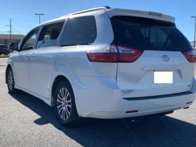 second-hand Toyota Sienna XLE FWD
