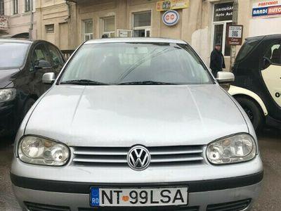 second-hand VW Golf 1.4 2001