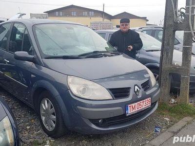 second-hand Renault Scénic pentru uber ideala