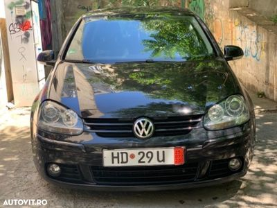 second-hand VW Golf R32